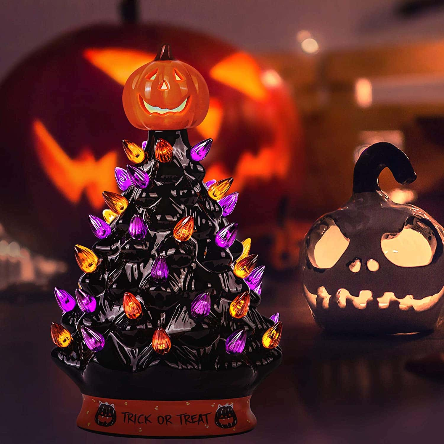 Amazon Is Now Selling Mini Halloween Trees And It S Perfect For Your Home Decor